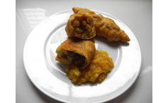 Aloo Pie With Seasoned Mango Chutney