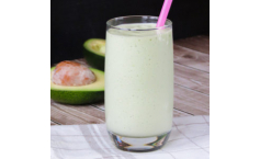 Avocado and Peanut Butter Smoothie